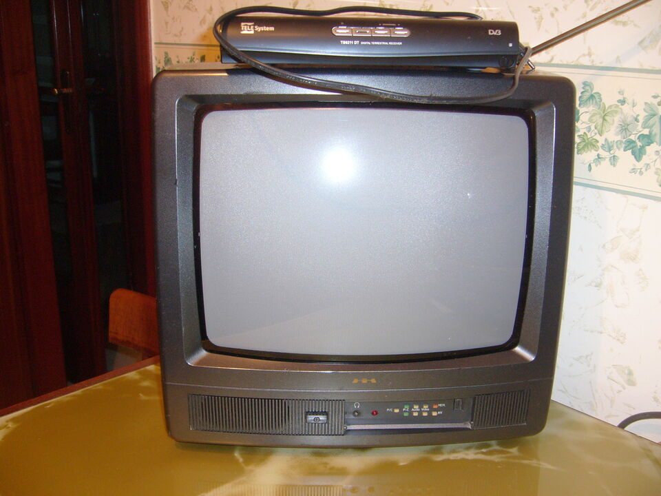 "Tv mivar 14""+decoder strong + presa scart"