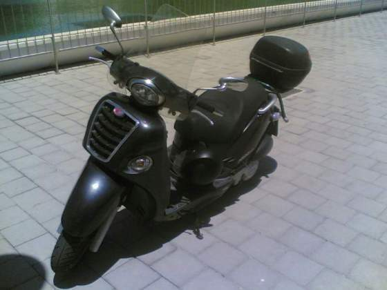 Kymco People 250cc anno 2004