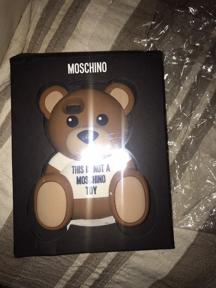 Bellissima cover Moschino Teddy bear 3