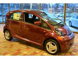 ELECTRIC-CAR-LOW-MILES-LOW-PRICE-LIKE-NEW-WARRANTY-FINANCE-MAROON-WE-FINANCE