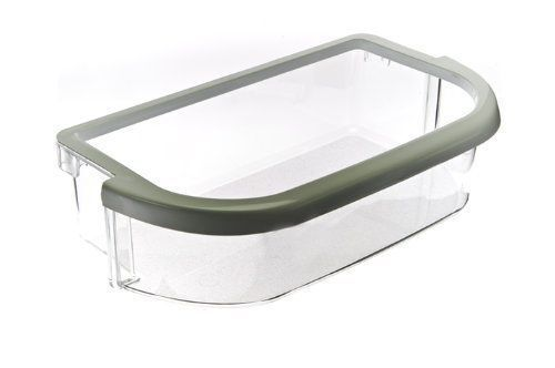 The Whirlpool 67003768 door bin is a high-quality large refrigerator bin. The bin features a thick transparent plastic with white trim.