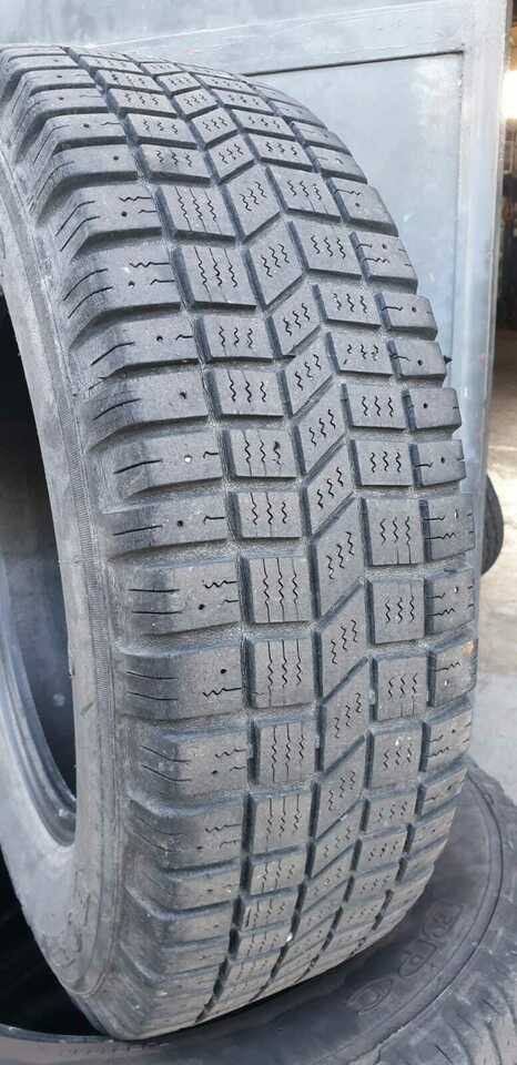 Gomme 205/70 R 15 XPC