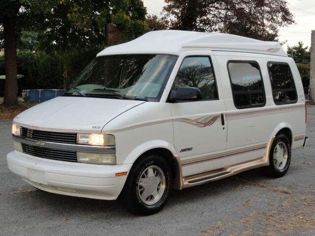 conversion van for sale by autos weblog. Black Bedroom Furniture Sets. Home Design Ideas