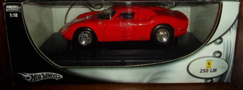 FERRARI 250 LM del 1964 - Modellino Hot Wheels in scala 1:18