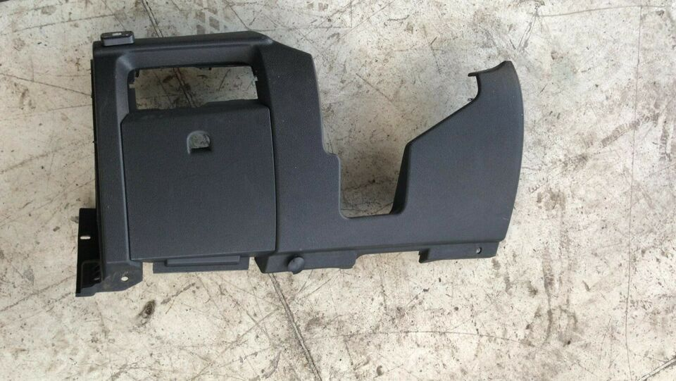 Renault megane iii 689210008r rivestimento inf sinistro