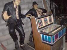 Statue blues brothers e jams dean