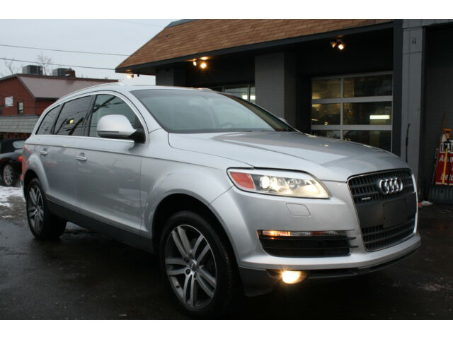 2007 audi q7 v8 awd quattro 3rd row seat panoramic roof 20in wheels we ship used audi q7. Black Bedroom Furniture Sets. Home Design Ideas