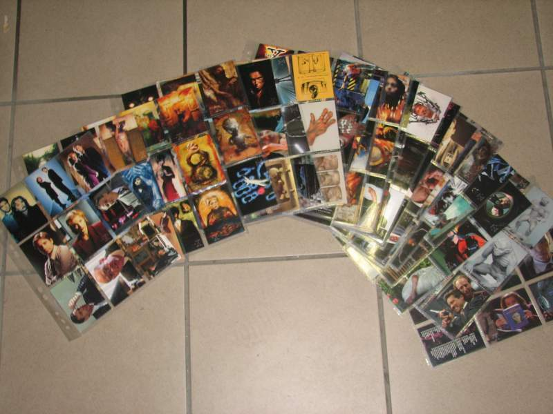 Trading cards X-Files Topps