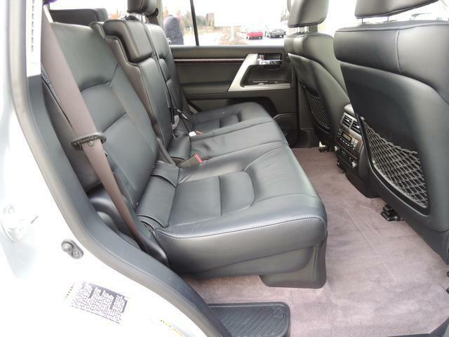 Toyota Land Cruiser 2013 Base