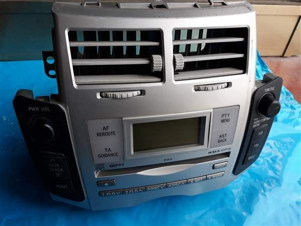 Stereo lettore cd toyota yaris 2010 3