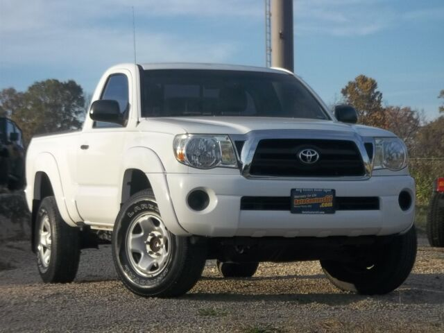 2007 toyota tacoma prerunner 2wd 5 speed manual m t four cylinder used toyota tacoma for sale. Black Bedroom Furniture Sets. Home Design Ideas