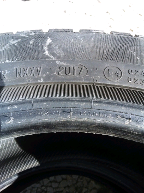 2 gomme usate 245/45 R17 99H CONTINENTAL 2