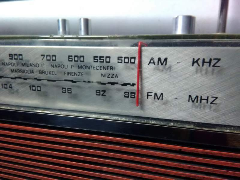 Radio a transitor anni 70 NATIONAL in OM e FM 3