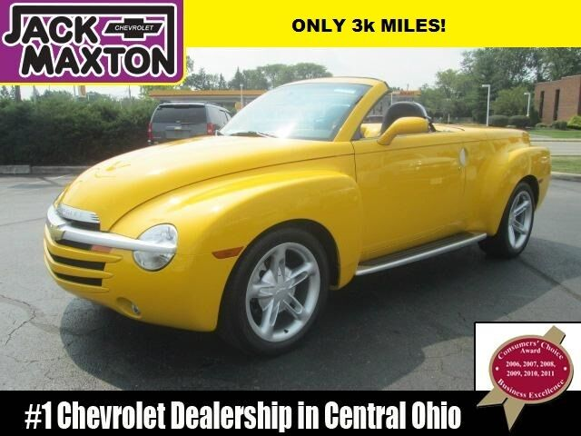 04 chevy ssr convertible hard top low miles heated leather seats 1 owner used for sale in. Black Bedroom Furniture Sets. Home Design Ideas