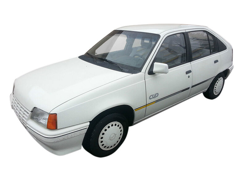 Sie suchen Ersatzteile für die Innenausstattung eines Opel Kadett? Hilfreiche Tipps für den Ersatzteilkauf
