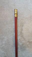Antico bastone in legno chiaro e manico porta inchiostro