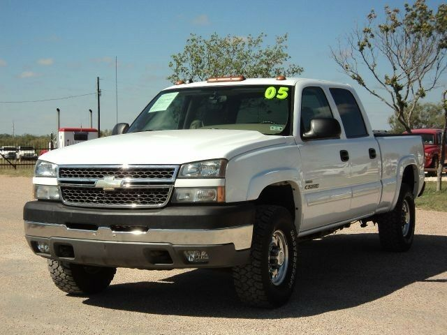 2005 chevy 2500hd 4x4 duramax diesel bose gooseneck power seat cloth used chevrolet. Black Bedroom Furniture Sets. Home Design Ideas