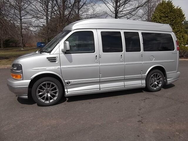 2010 gmc savana all wheel drive explorer limited se hightop conversion van used gmc savana for. Black Bedroom Furniture Sets. Home Design Ideas