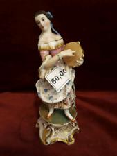 667 - scultura porcellana - donna con tamburello