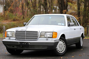 1986-Mercedes-Benz-400-Series-1-OWNER