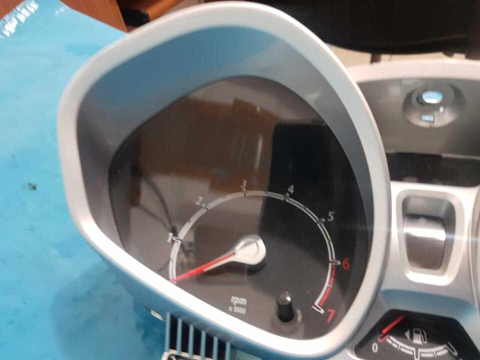 Quadro Strumenti Ford Fiesta MK7 1400 benzina Cambio Autom 7
