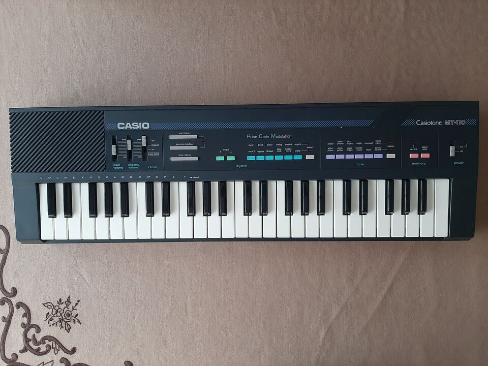 Pianola elettronica CASIO MT-110