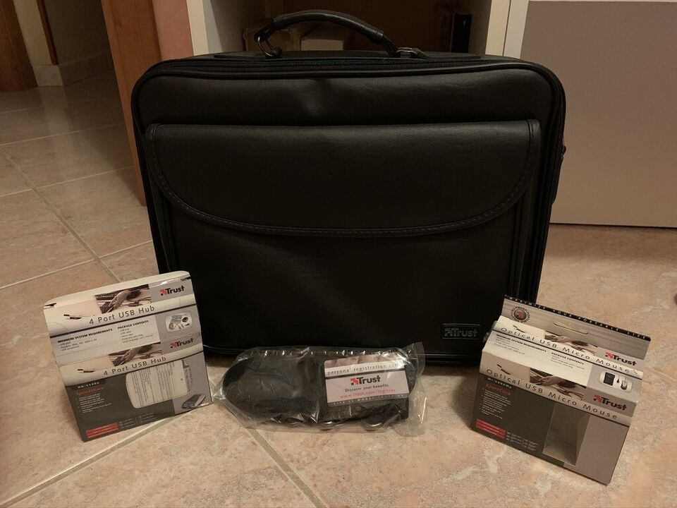 Trust 500L Notebook Carry Bag Deluxe 3 in 1 3