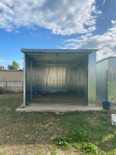 Focene fiumicino affittasi box ad uso garage /deposito