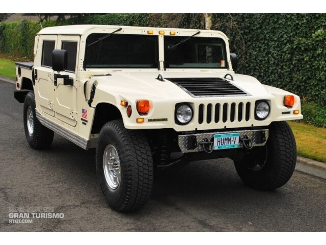 Hummer : H1 H1 Only 3K Miles! GC Package, Runflat/Beadlock, Driveline Protection