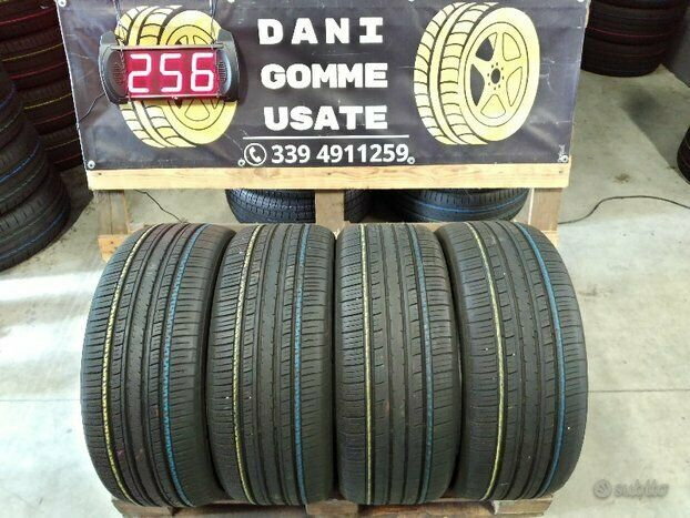 4 Gomme usate 235 50 17 4 Stagioni 60/70%