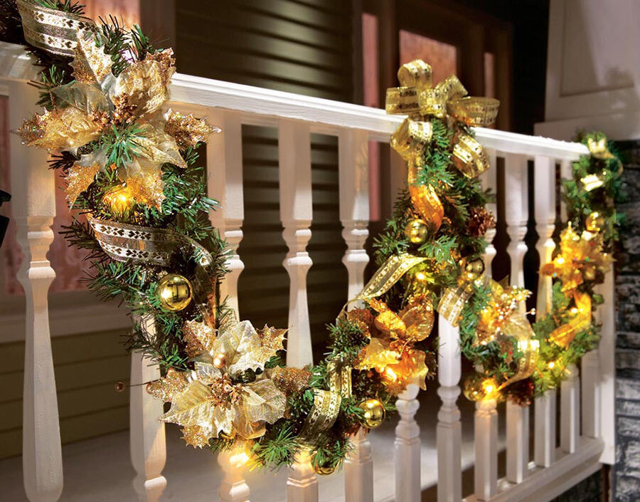 Christmas garland buying guide ebay for Professional outdoor christmas decorations