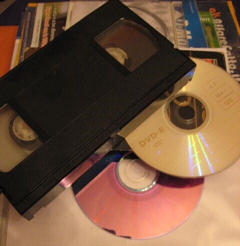 VHS/VHS-C MiniDV VIDEO8/SUPER8 NEGATIVI/DIAPOSITIVE Riversamento