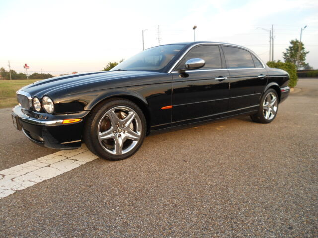 2005 jaguar super v8 supercharged fully loaded rear power. Black Bedroom Furniture Sets. Home Design Ideas