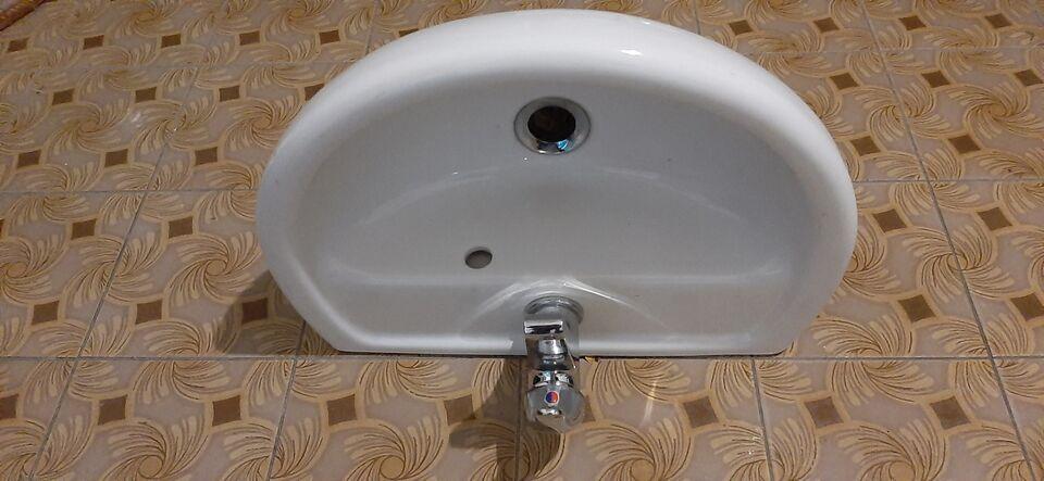 Lavabo piccolo Cm.L. 45 x P 33