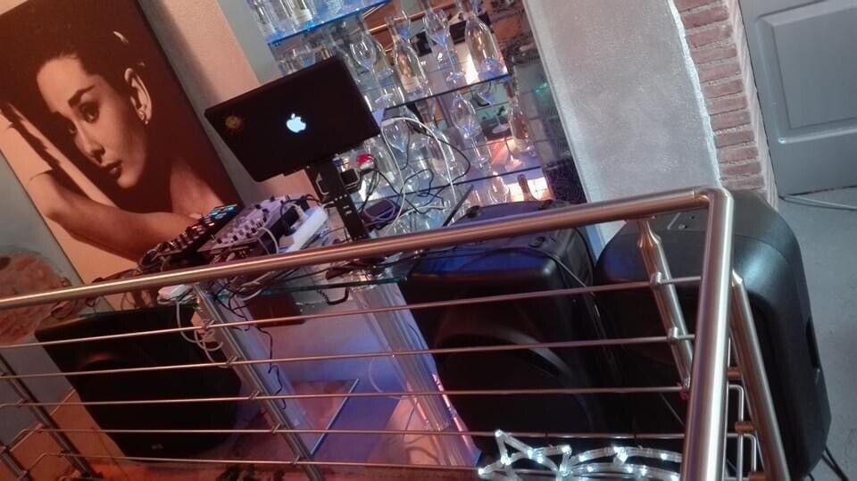 DJ ANTHONY per matrimoni, eventi privati e locali 6