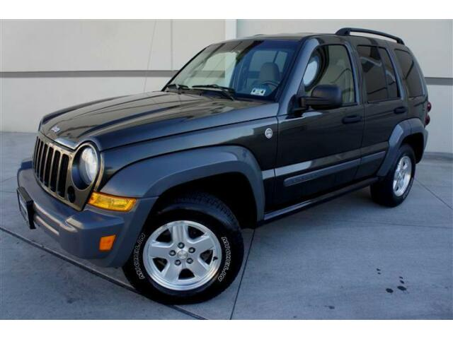 diesel 06 jeep liberty crd gas saver towing package priced. Black Bedroom Furniture Sets. Home Design Ideas