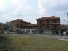 Complesso misto residenziale-commerciale