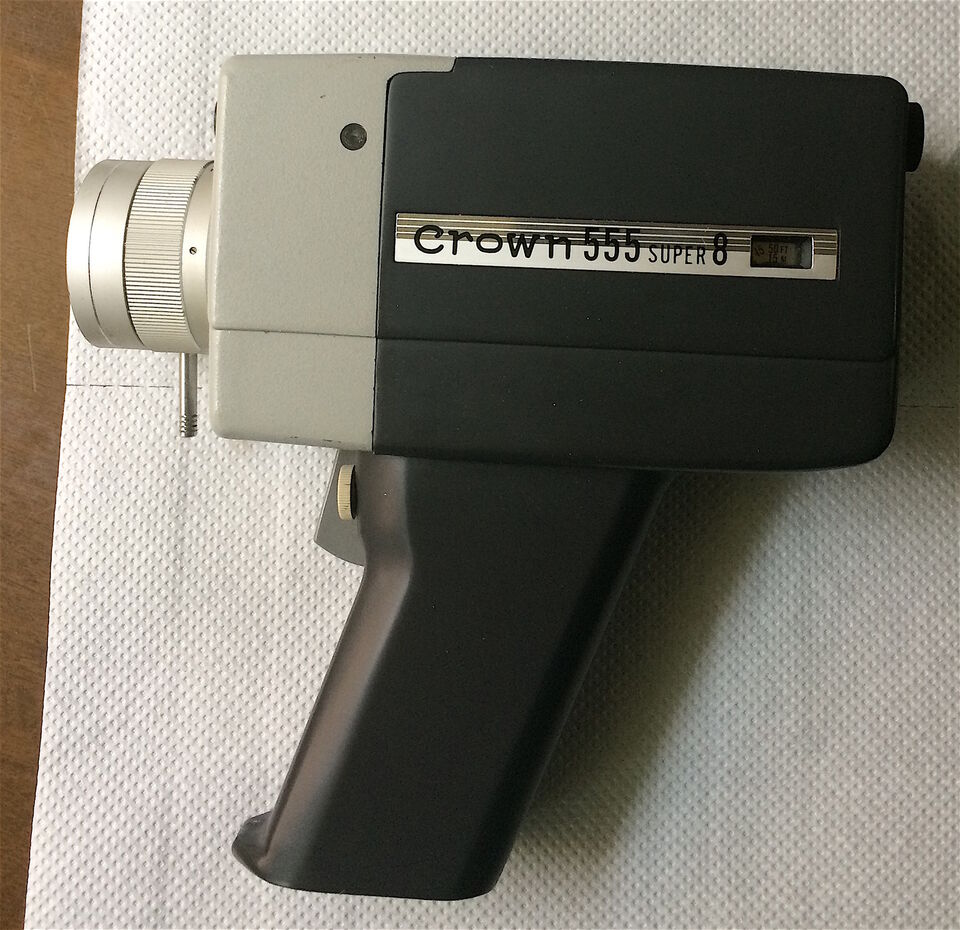 Cinepresa vintage super 8 Crown 555