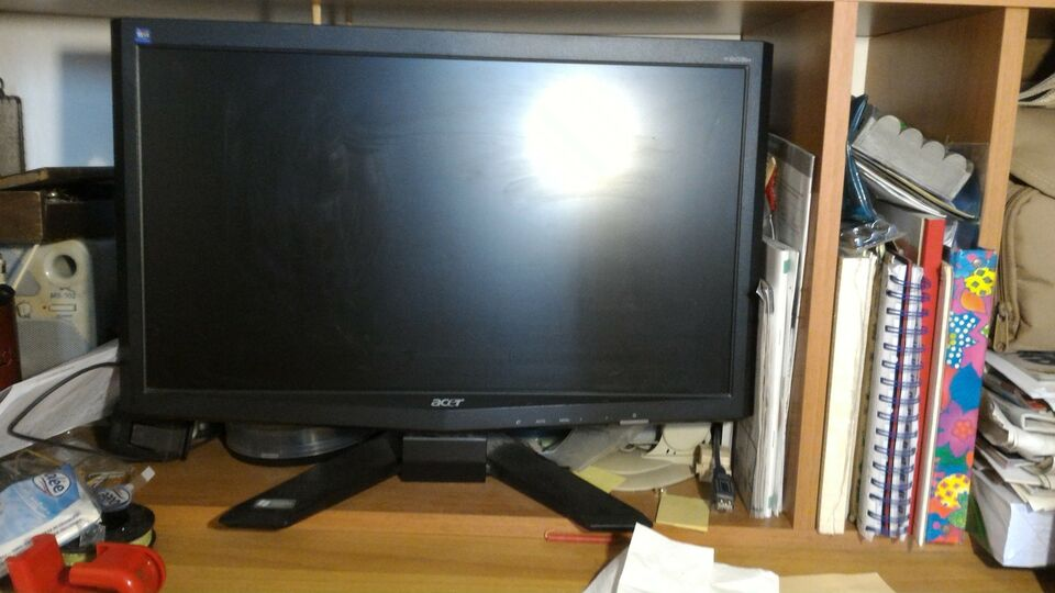 Monitor Acer 20 pollici 4