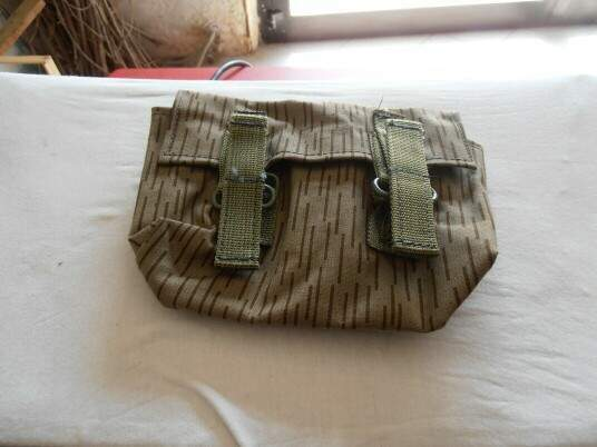 Ddr - east german army- webb grenade pouch