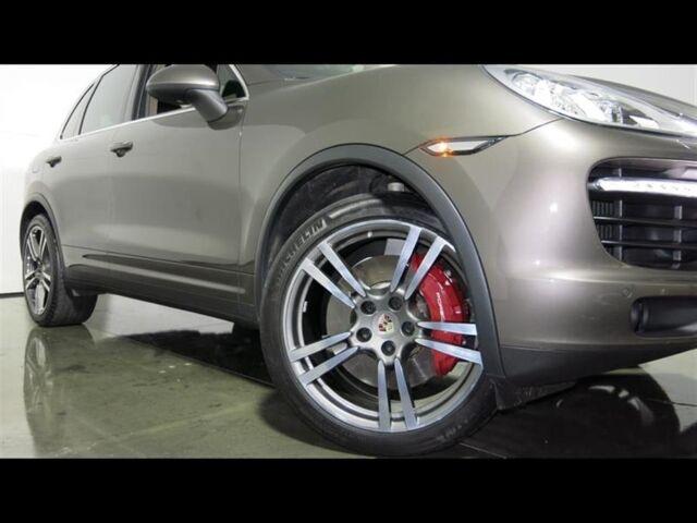 2013 Porsche Cayenne Turbo Metallic Sirius XM Radio Bluetooth Lane Change Assist