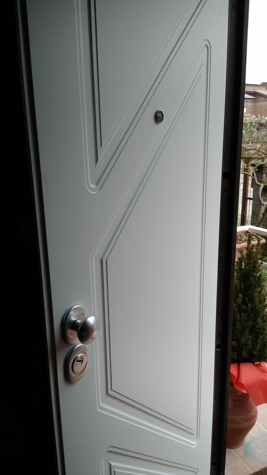 Porte da interno, portoni blindati 3