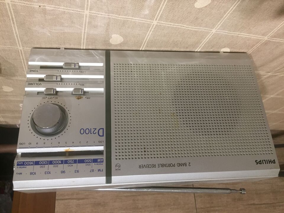 Radio vintage philips