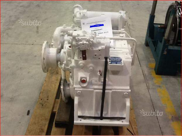 Invertitore Gearbox Type ZF 1900 V 4