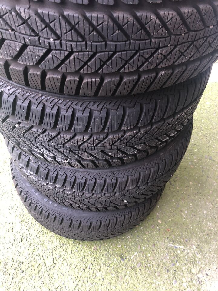 4gomme invernali 195/50R15