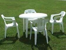 Noleggio di tavoli e sedie per feste napoli