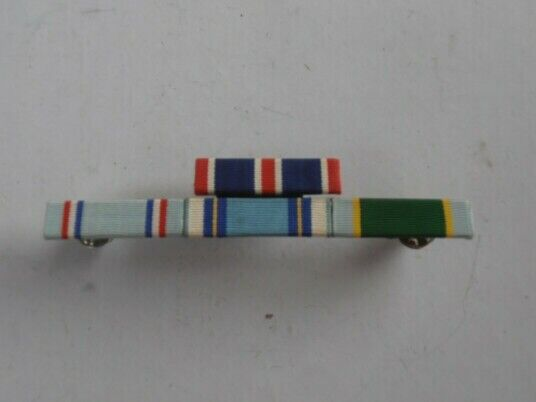 Us armed forces - 4 service medals ribbon bars