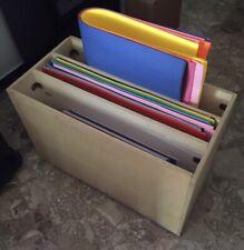 Cartoncini bristol vari colori con contenitore in legno