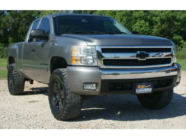 Lifted 5.3 Liter Lt Chevy 1500 2wd Automatic 20 Inch ...