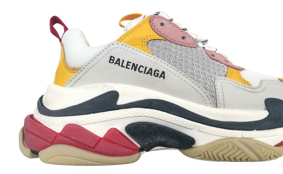 buy popular bdbaa bd5eb BALENCIAGA scarpe unisex sneakers TRIPLE S... a Milano - Kijiji: Annunci di  eBay